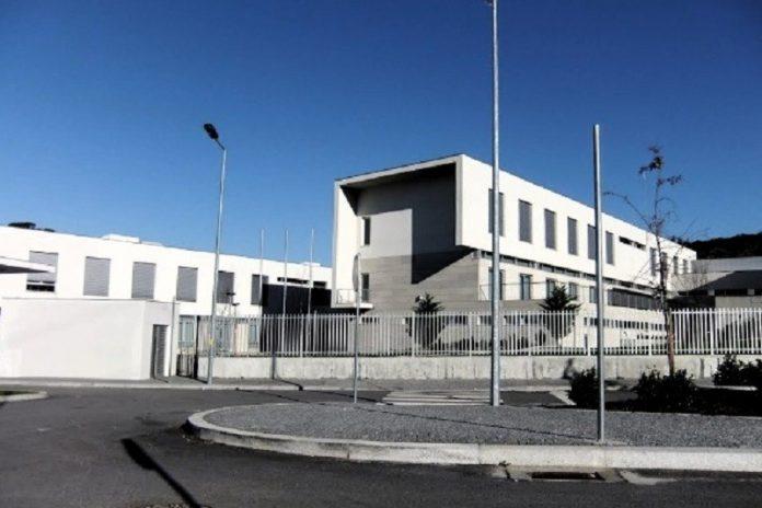Escola da Ponte encerrada