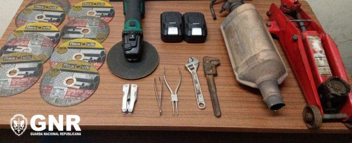 Trofa: Detidos em flagrante por furto em veículo