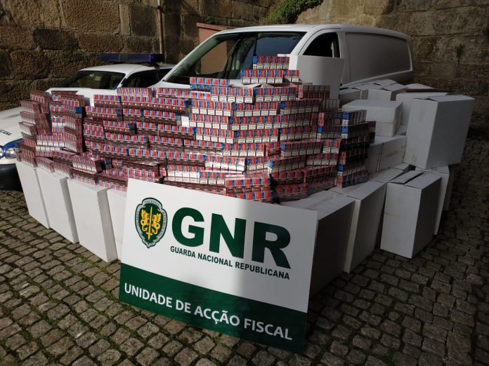 GNR apreende 550 mil cigarros de contrabando na A3
