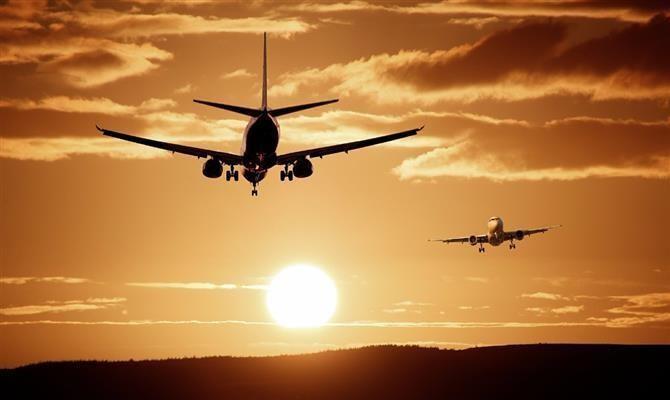 Não há voos do Brasil e Reino Unido até 15 de abril