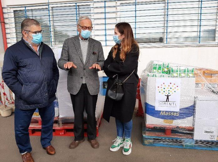 LIPOR e SEMENTE doam cerca de quatro toneladas de alimentos ao Banco Alimentar do Porto