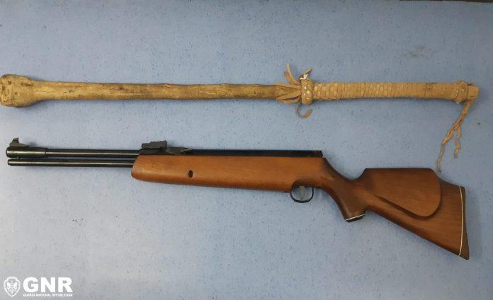 Detidos em Gondomar por posse de armas proibida e ilegal