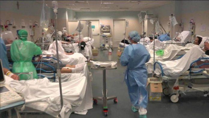 Internamentos voltam a descer em dia de mais 424 casos e cinco mortes