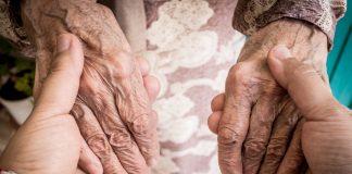 Mulher com quase 117 anos recupera da Covid-19