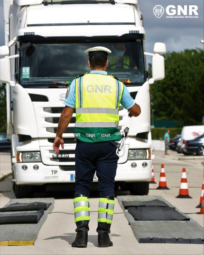 """Operação """"ECR Veículos Pesados"""" da GNR"""