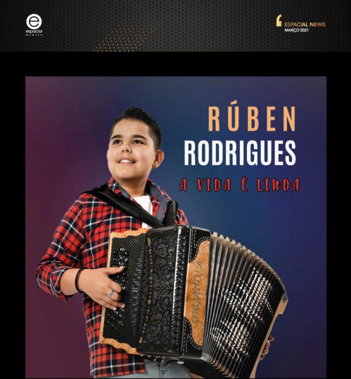 'Jovem Prodígio' da concertina lança CD