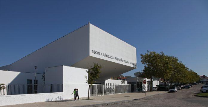 Atendimento dos Serviços de Educação de Vila do Conde está aberto dia 5