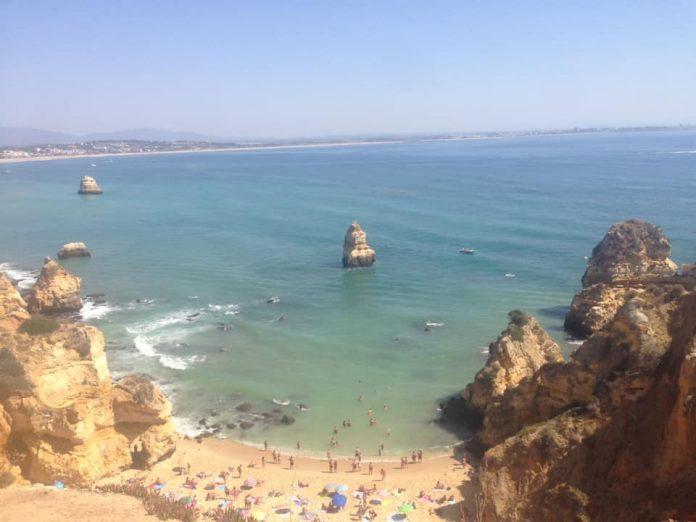 Ingleses podem viajar para Portugal já na segunda-feira, mas turismo ainda não foi autorizado