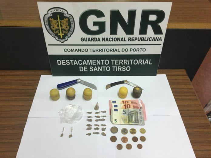 Dois detidos em flagrante na Trofa por tráfico de estupefacientes
