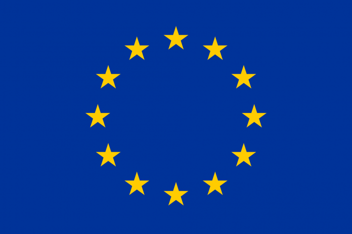Portugueses são os europeus com uma imagem mais positiva da UE, segundo um inquérito
