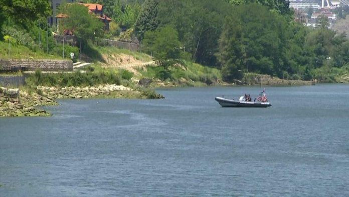 Pai salvou bebé que caiu ao rio Douro
