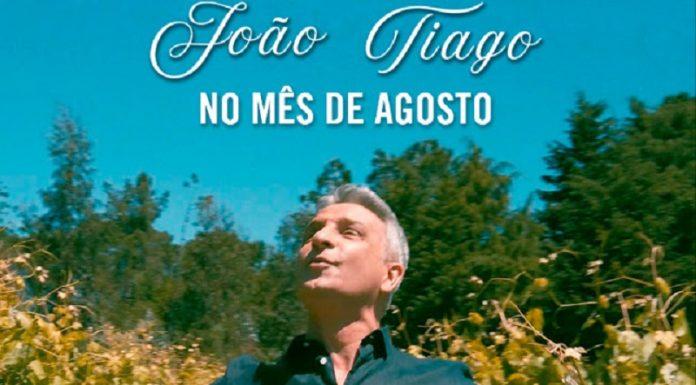 'No mês de Agosto' com João Tiago